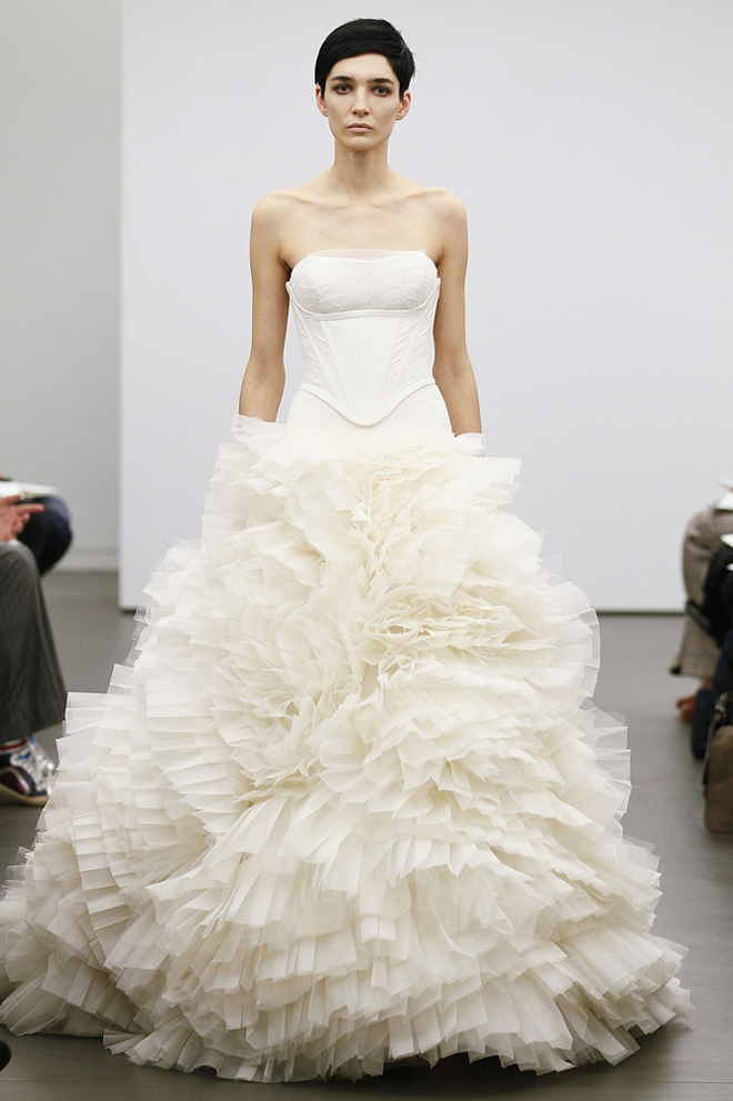 Vera wang fall 2013 wedding gown collection for Where to buy vera wang wedding dresses