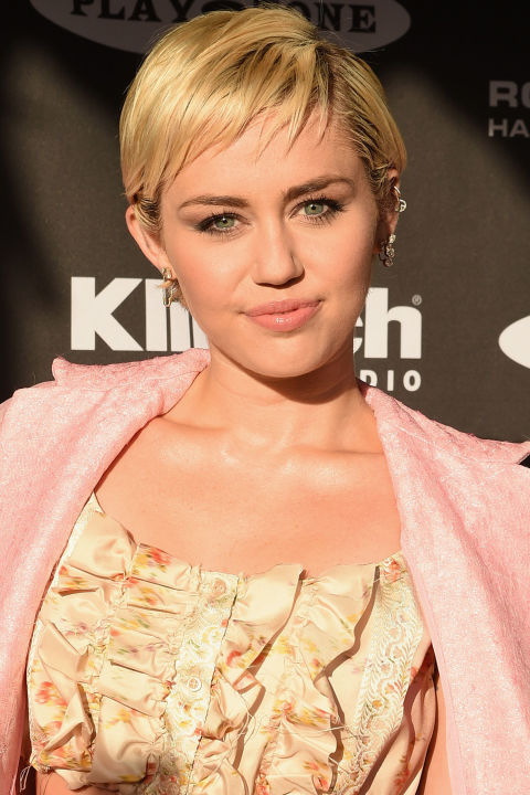 miley cyrus short hair 2017 jpg