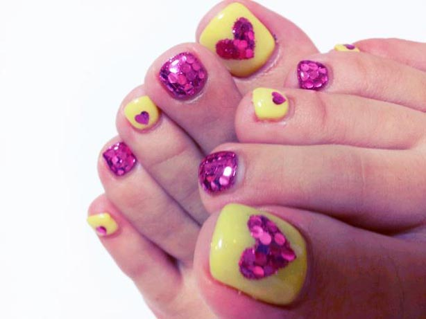 yellow n pink toe nail design 2017