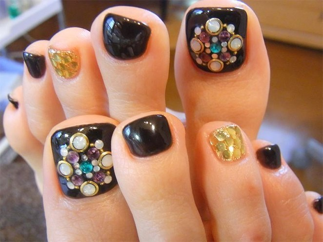 latest toe nail designs 2016-2017
