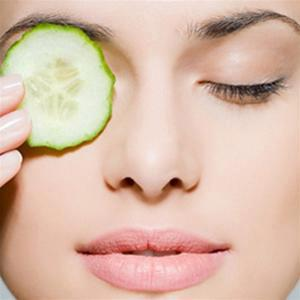 Top 3 Most Effective Natural Ways to Get Rid of Dark Circles Under the Eyes