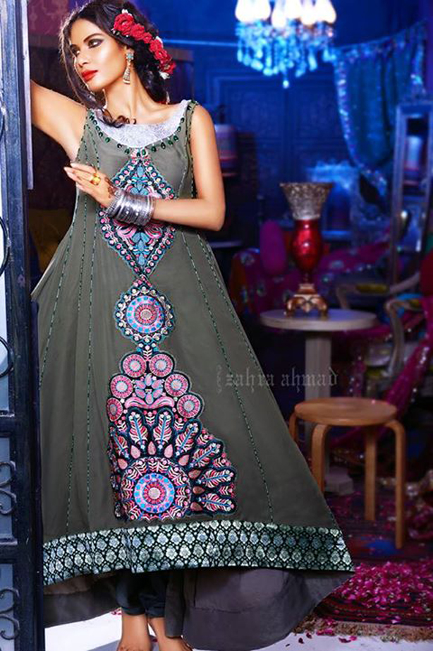 Latest Pakistani party wear frocks for girls | Designer party dresses