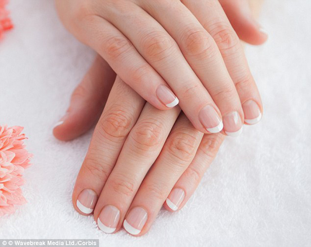 Best Natural Ways to Get Healthy White Nails | Fingernail Care