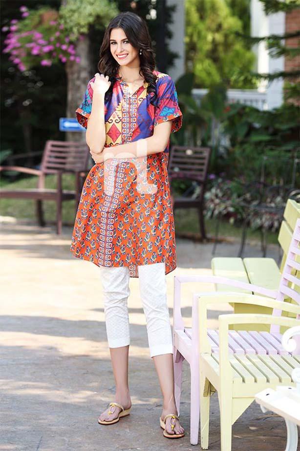 Stylish kurta designs for girls for this season kurta collections
