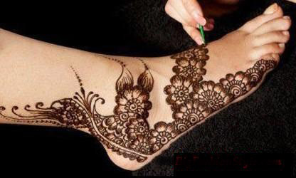 New Arabic Eid Mehndi Designs for Feet