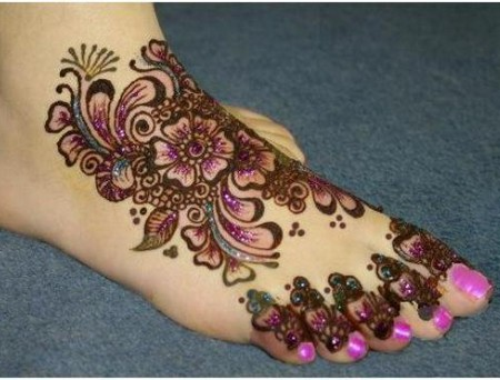Latest Arabic Eid Mehndi Designs for full feet