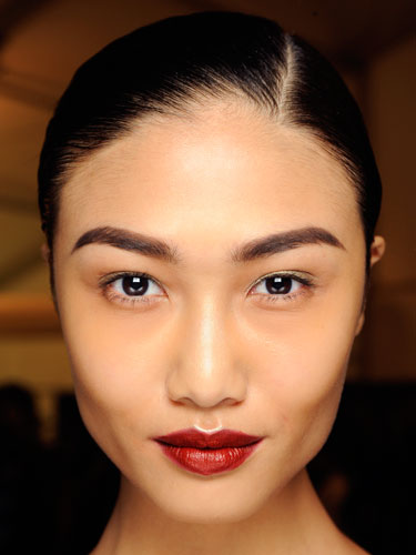 Best Fashion Holiday Makeup Trends from New York Fashion Week