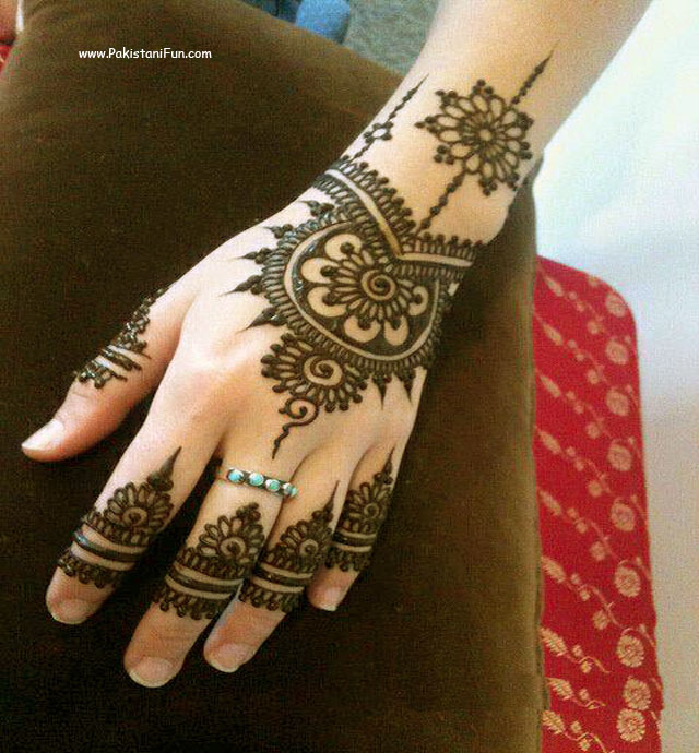 Mehndi Designs New Models : Lastest new model arabic mehndi design makedes