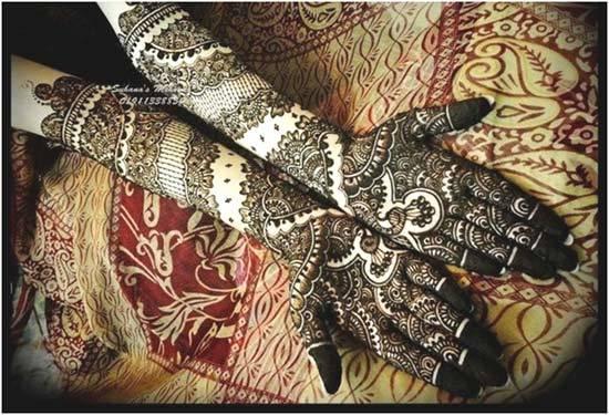 black mehndi design for full arms