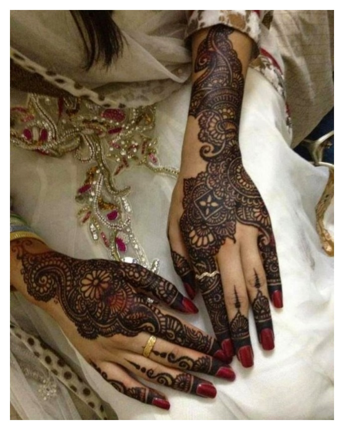 indian pakistani traditional wedding mehndi design
