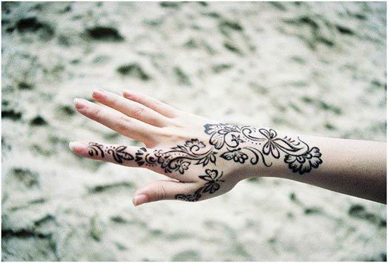simple eid henna pattern