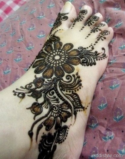 mehndi design for foot 2017