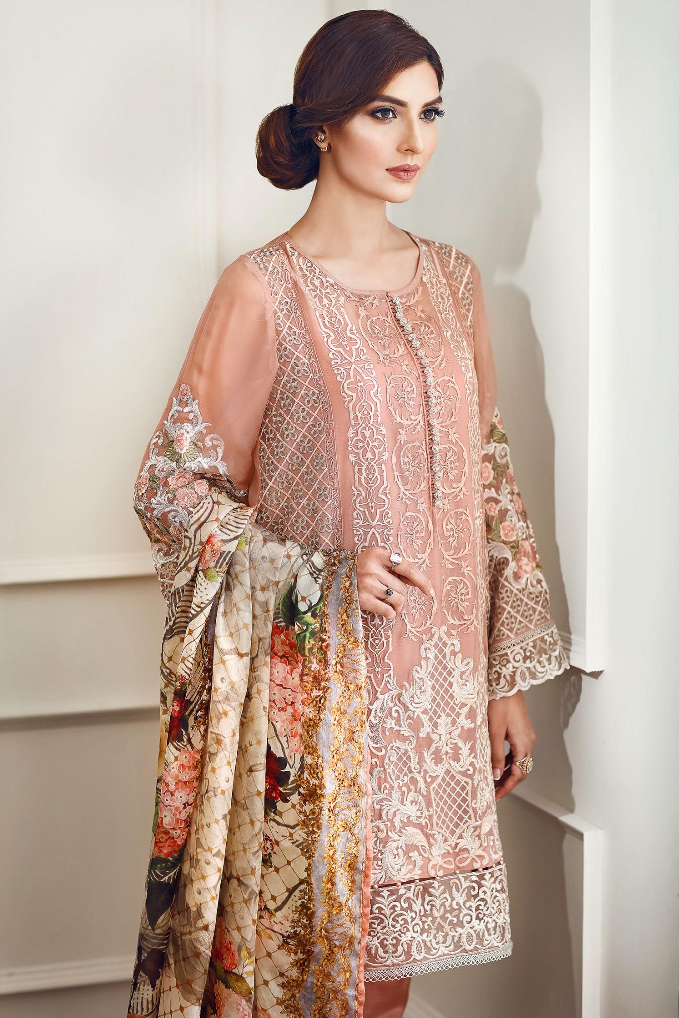Latest Eid Dresses 2017 For Girls In Pakistan - StyleGlow.com