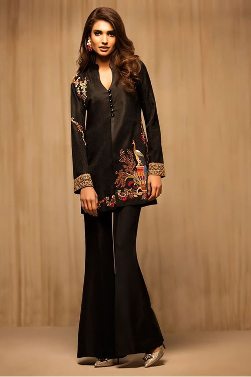 Stylish Pakistani Party Wear Dresses 2017 For Girls In Jacket Style In Black Color