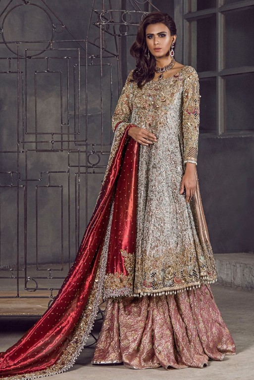 An Astounding Finest And Exceptional Collection Of Bridals Wedding Dresses By Pakistani Most Renowned Designers Is Being Presented To You
