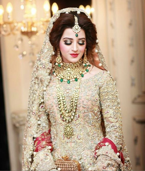 Latest Pakistani Bridal Wedding Dresses 2018 Collection ...