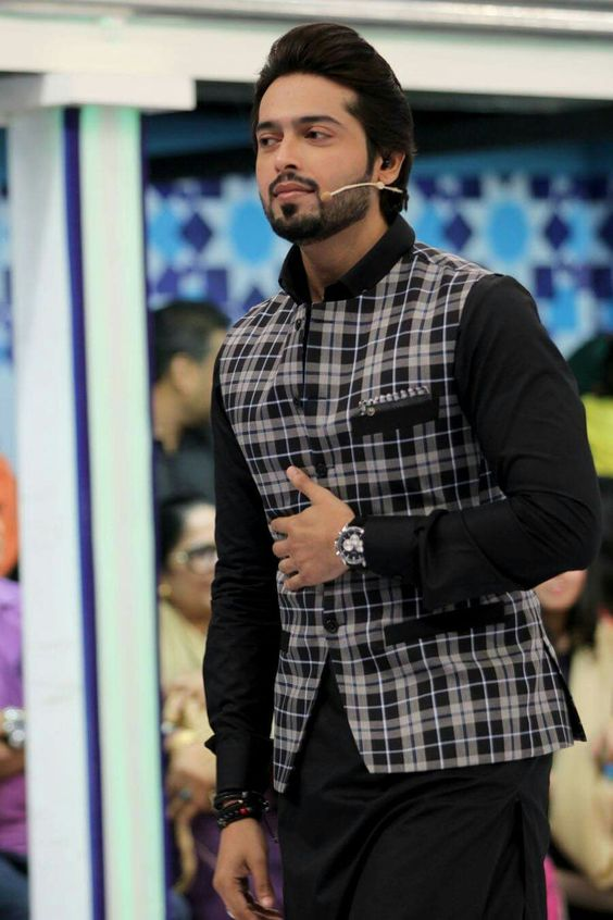 423c486efe033 Edenrobe is another famous name when it comes to shalwar kameez trends and  kurta designs