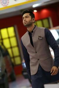 fahad mustafa wearing wasket