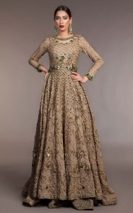golden lehenga for brides