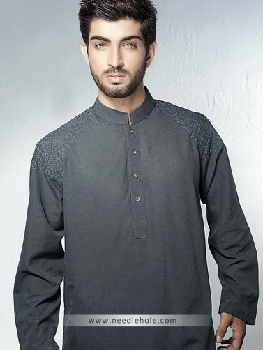 c252e150f2 One have to look for the present trends that is revolving around in market  now a days. For shalwar kameez, there are multiple design options.
