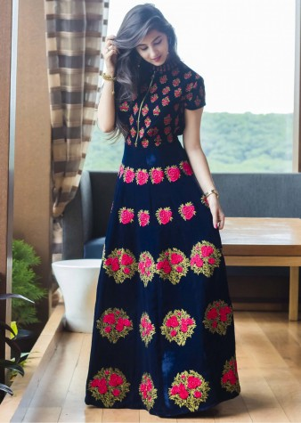 e3cd1974d2c Latest Pakistani Party Wear Frocks for Girls