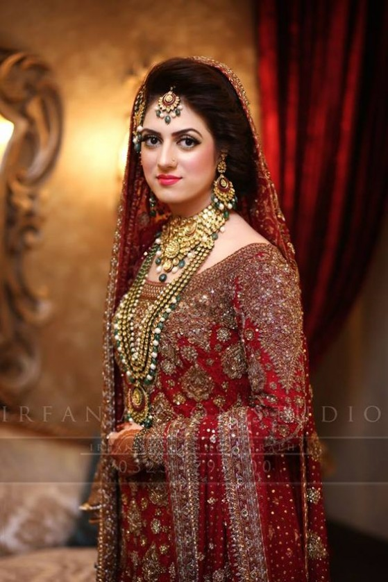 Latest Pakistani Bridal Dresses 2018 For Barat Day