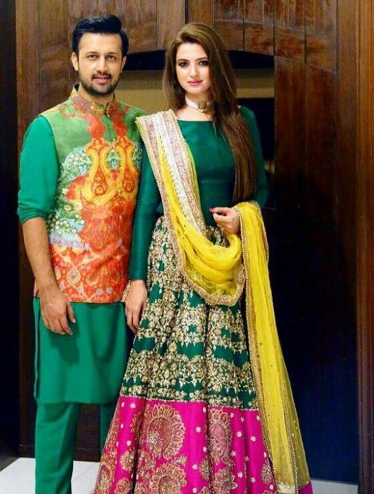 Popular Bridal Mehndi Dresses 2018 Beautiful Designs
