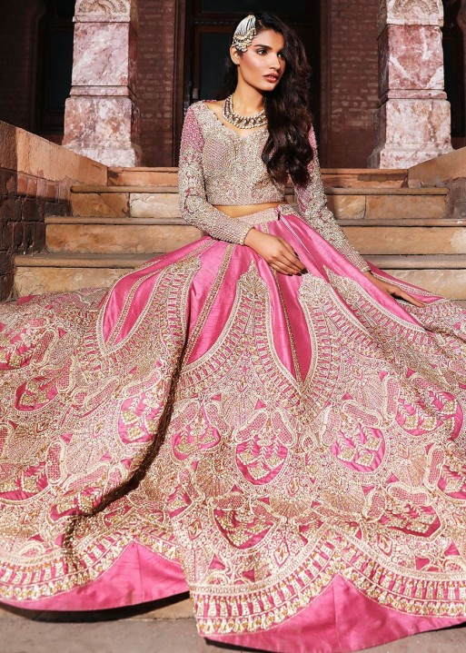 d29b1daf3f Pakistani weddings are most often comprises of Mehndi, Barat day, walima ( wedding day) and after wedding parties or suppers. You can likewise check  some ...
