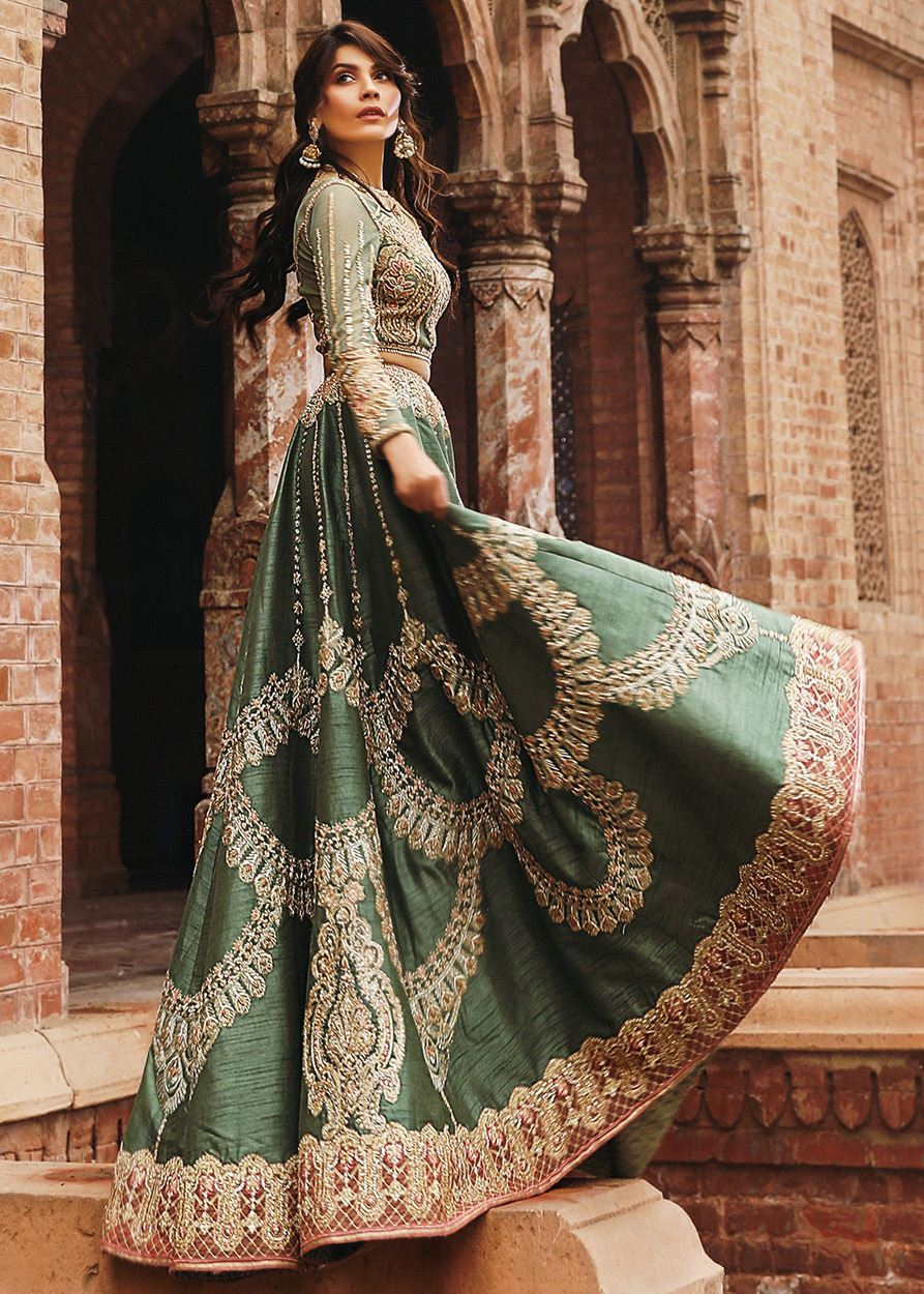 ca09e76e26d Latest Bridal Lehenga Designs 2019 in Pakistan - StyleGlow.com