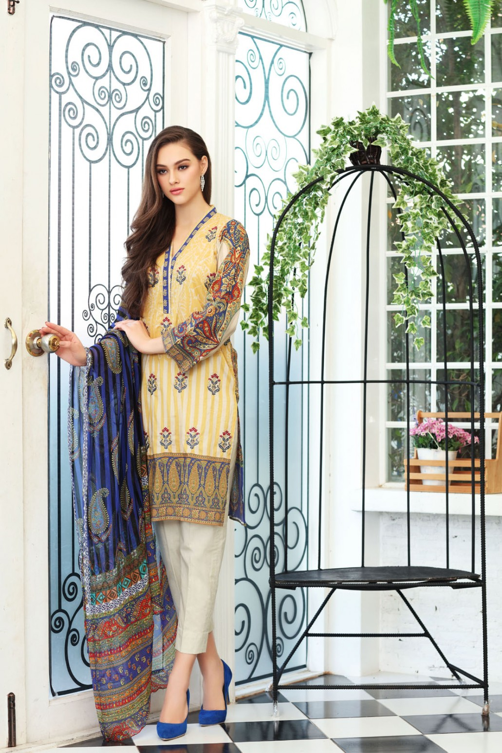bb361f446ed346 They can also refer to new Pakistani Eid dress collections 2019 for Girls &  Women.