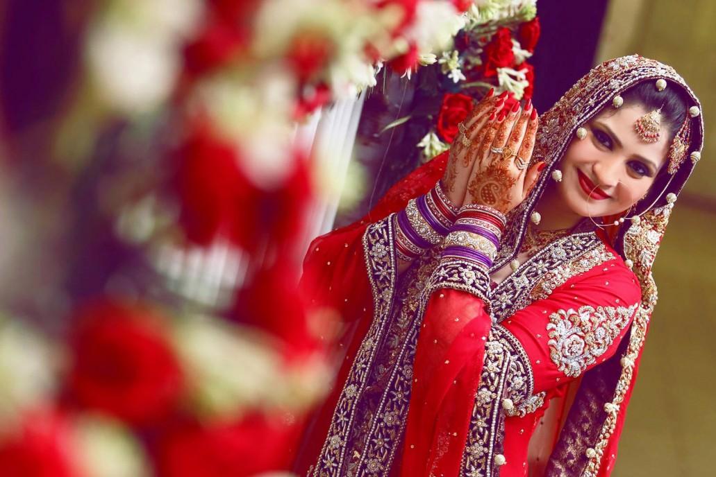 Wedding Photography In Karachi: Pakistani Wedding Photography Poses Ideas 2019 For Couples