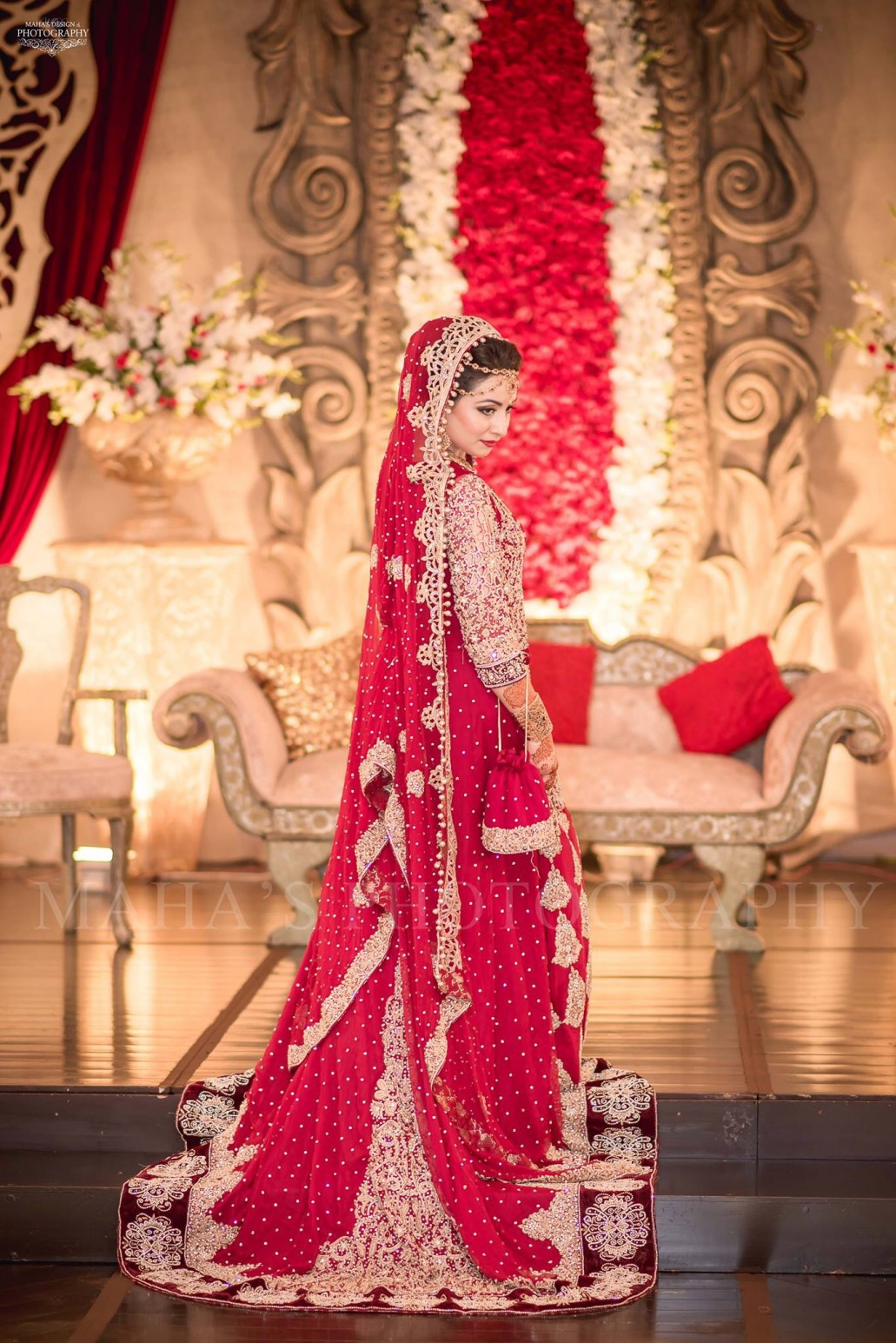 f56f442c2a4 Best Bridal Dresses Color Combination in Pakistan 2019 - StyleGlow.com