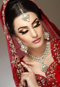 Bridal With Golden Eye Makeup