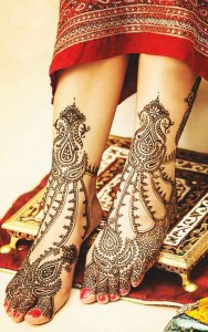 Complex Henna Design for Feet