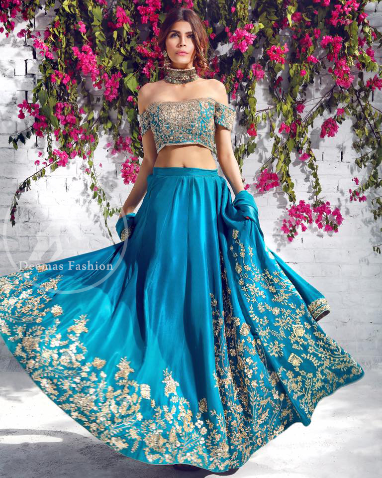 ce22a05c67 For distinctive and striking effect go for a random color mixture because  it will maintain your charm throughout the ceremony. Brides who prefer  ruksati ...