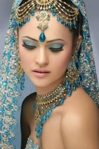 Gorgeous Eastern Bridal-eye-make-up