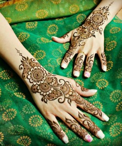 Ideal Mehendi Design