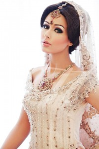 Luxurious Makeup for Bride