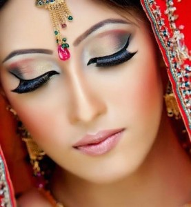 Simple Makeup Style for Barat