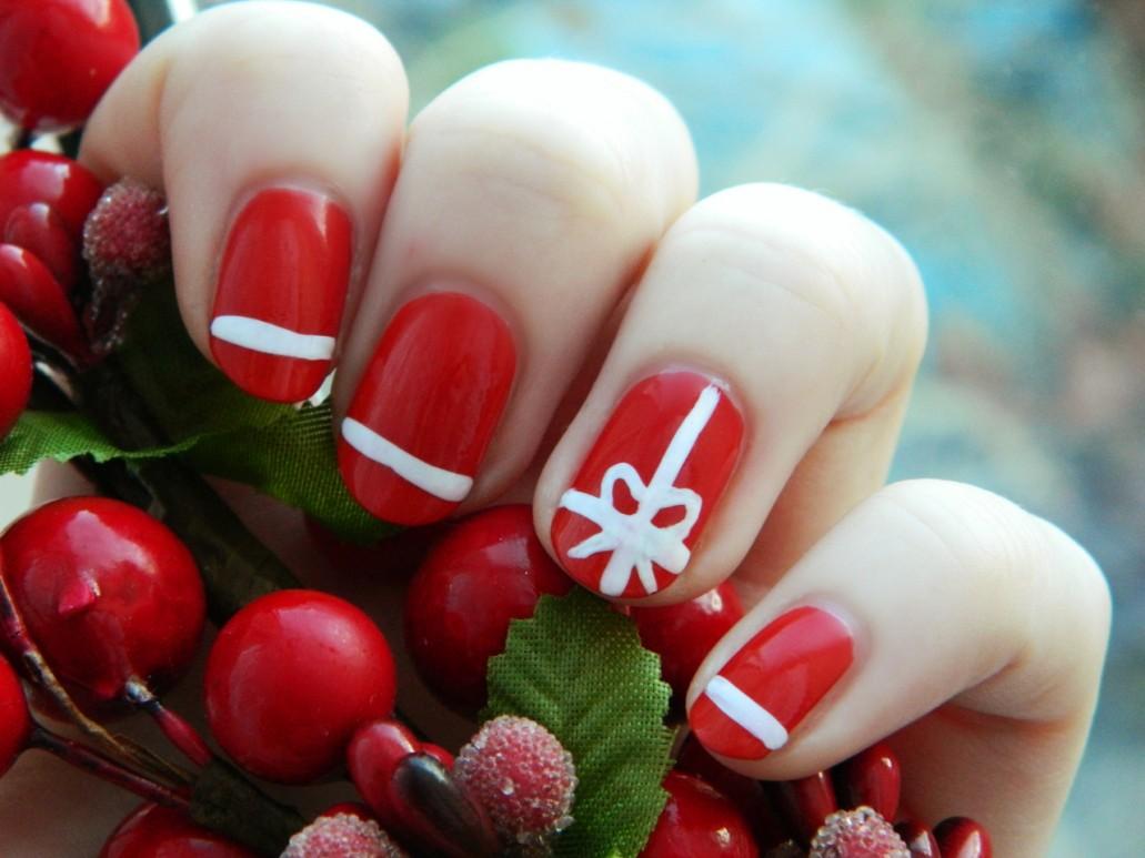 Easy Christmas Nail Art Designs To Spice Up Holiday Season