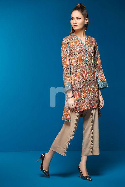 df8aa17f1d Beautiful Stitching Styles 2019 of Pakistani Dresses - StyleGlow.com