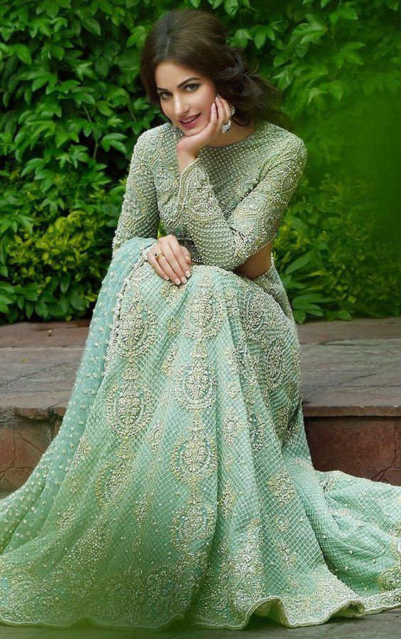d212d4f318b Best Bridal Dresses Color Combination in Pakistan 2019 - StyleGlow.com
