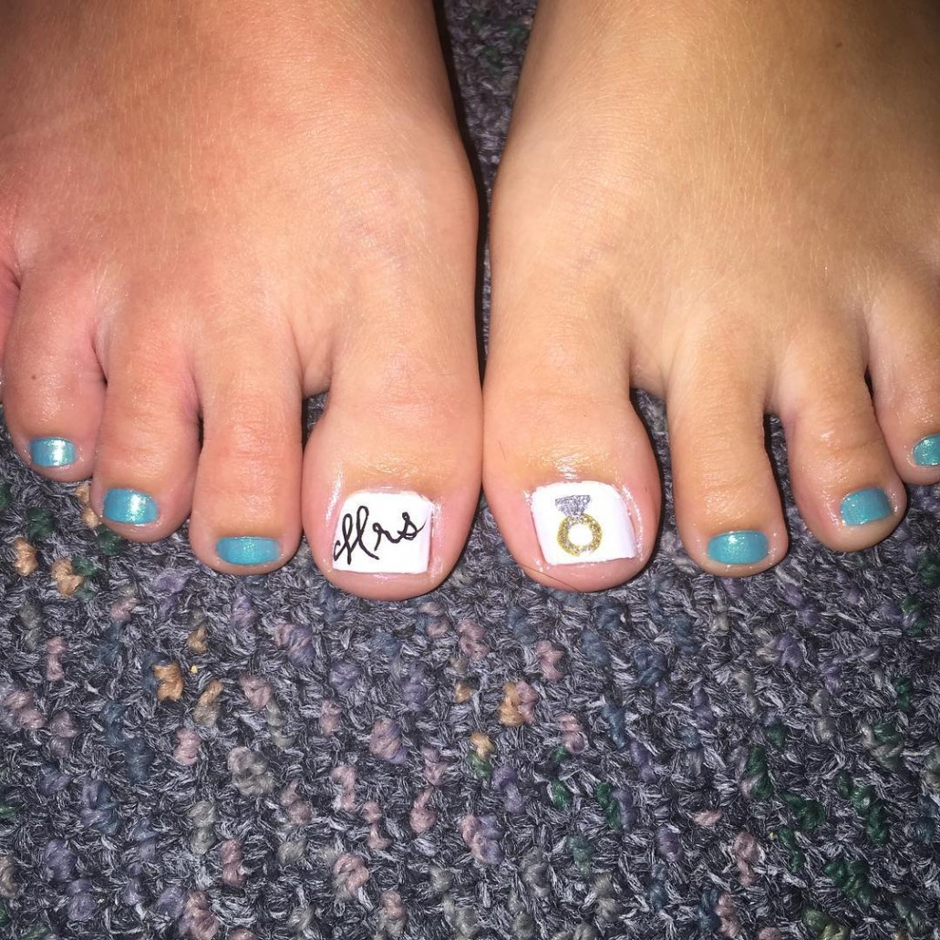 Pedicure Nail Art Ideas 2018 To Try This Summer [Simple] - StyleGlow.com