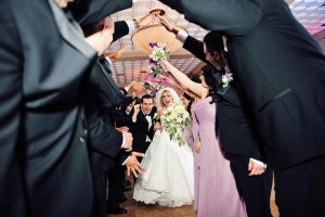 Western Wedding Ideas for Entrance