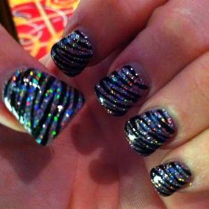 Zebra Glow Nail Style
