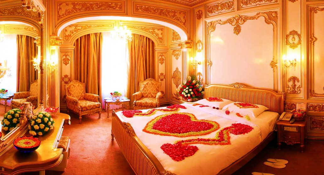 Pakistani Bridal Room Decoration 2020 For Wedding Night