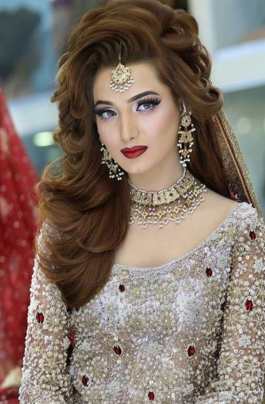 Best Pakistani Bridal Hairstyles 2019 For Wedding Styleglow Com