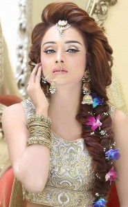 waleema style of hair for bride