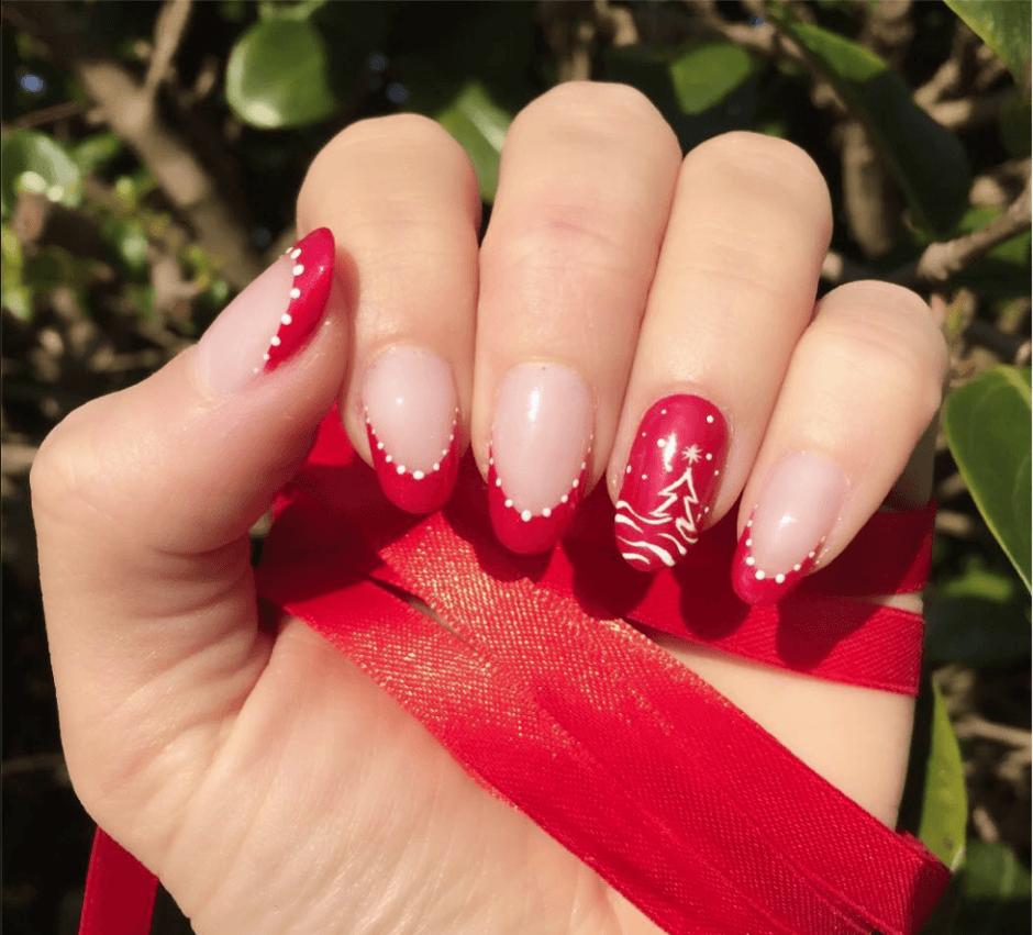 Easy Christmas Nail Art Designs Tutorial: Best Easy & Lovely Christmas Nail Designs