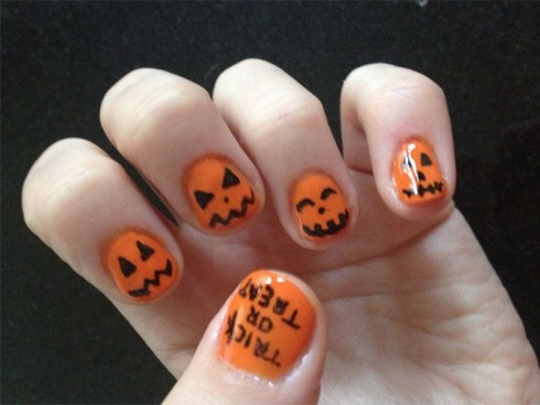 6 best easy charming diy halloween nail art design tutorials for beginners to do it yourself at home pumpkins are not only for scary decoration but can be easily plotted on your nail area for having a mysterious solutioingenieria Images